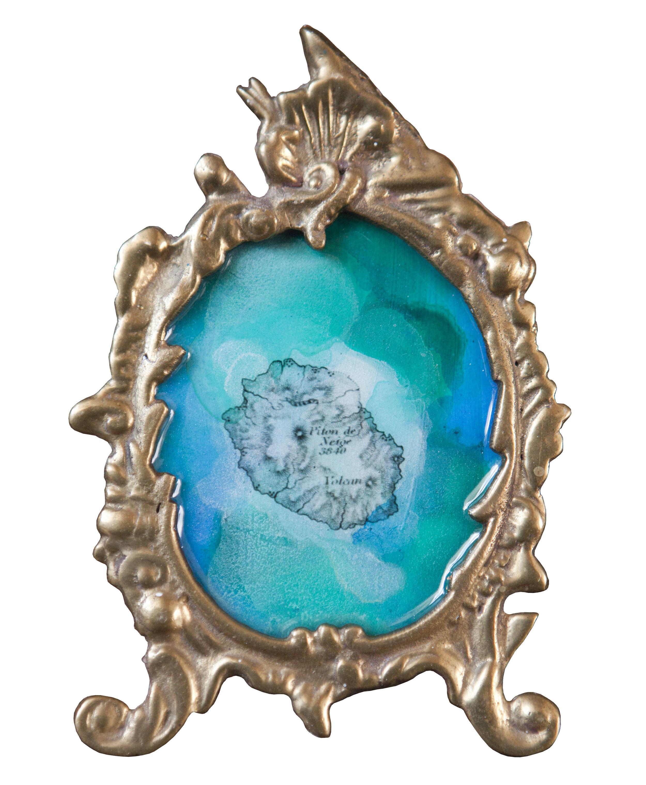 Shiraz Bayjoo    Ma Coeur 2    Acrylic on board, resin, metal  16.5 x 10.5 x 7 cm  2017