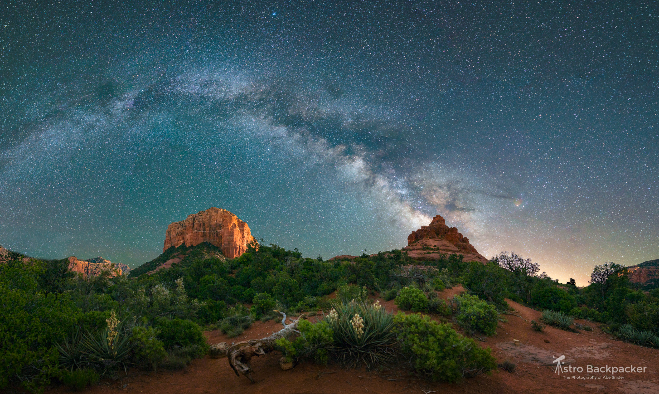 Milky Way over Bell Rock & Courthouse Butte