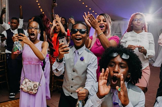Yooooooo!!! Who's excited to get this week started?!  This week, we're throwing it back to Richmond to celebrate The Bowen's One Year Anniversary!!  Have a large family with a ton of kids? Need advice on inviting them to your wedding?! Check out some sage advice for some rock star event pros by clicking the link in the bio!!  Planning: @EclecticFete Photography: @AshleyJaydePhotography . . . . . #motivationmonday #kids #children #weddingday #weddingphotography #childrenphoto #weddinginspiration #weddingphotographer #ig_kids #richmondweddingplanner #dmvweddings #vaweddingplanner #weddingguests