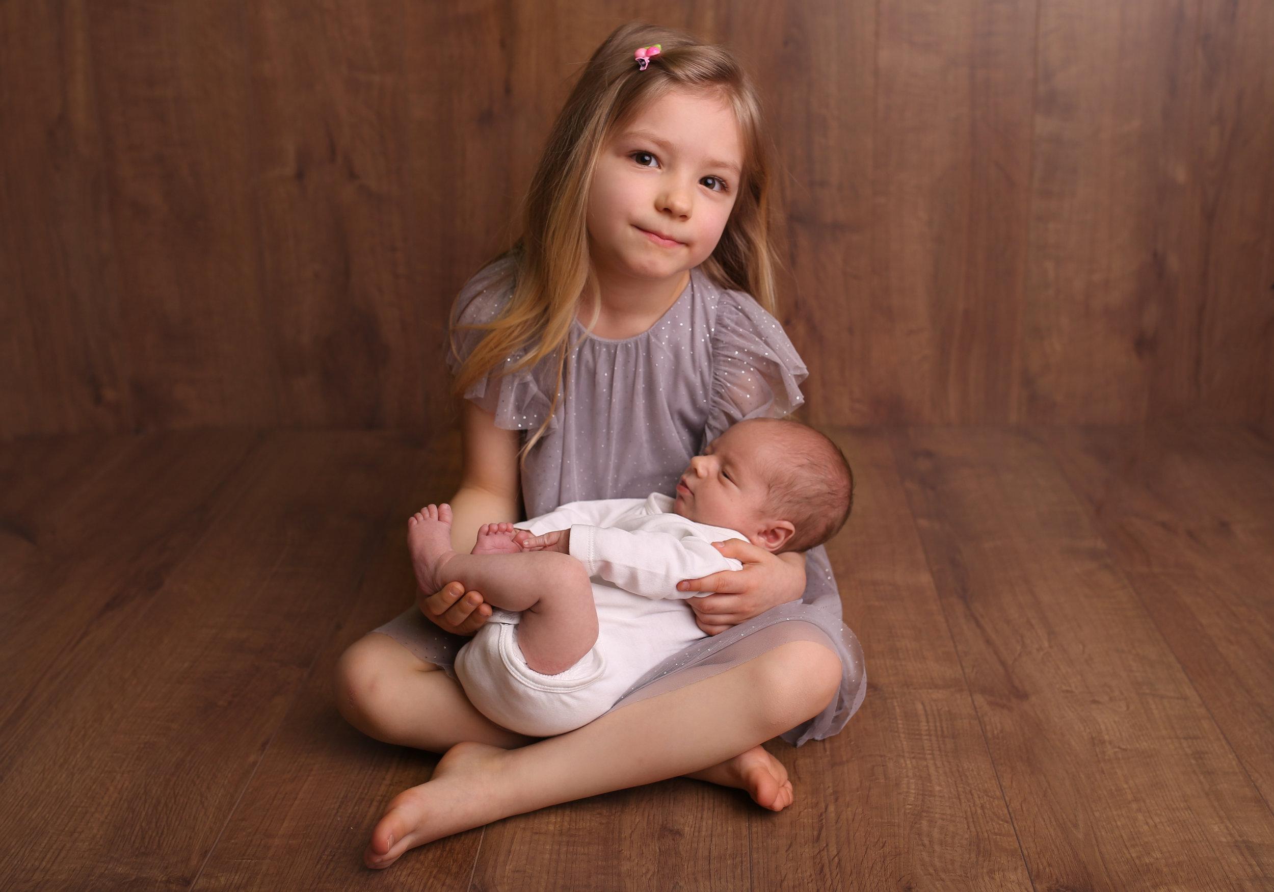 newborn photographer exeter devon