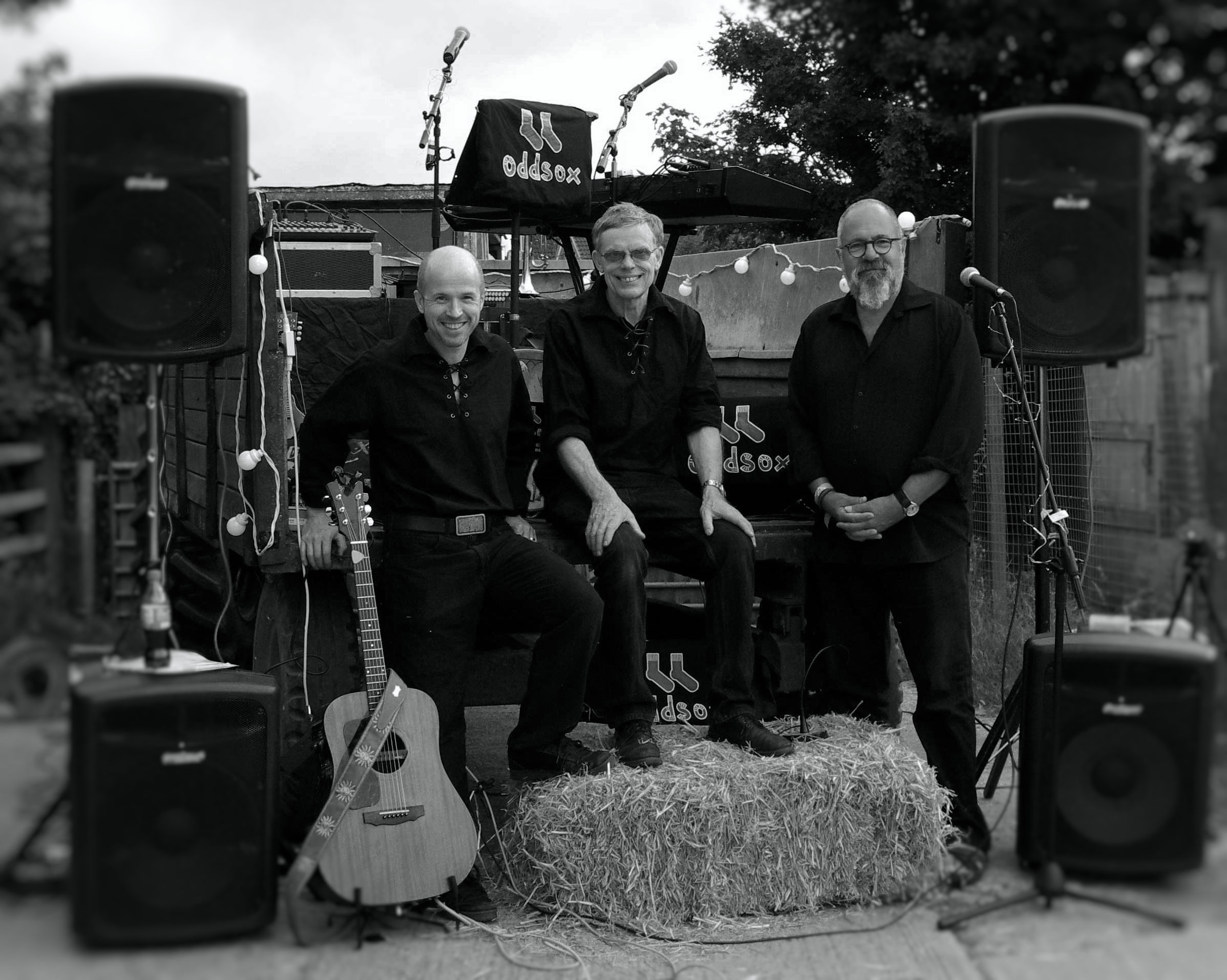 Left to right: Simon Ambrose  (Drums),  Nigel Hammond  (Piano trumpet, percussion, and backing vocals), Joe Boland  (Melodian, Fiddle, Mandolin and Vocals)