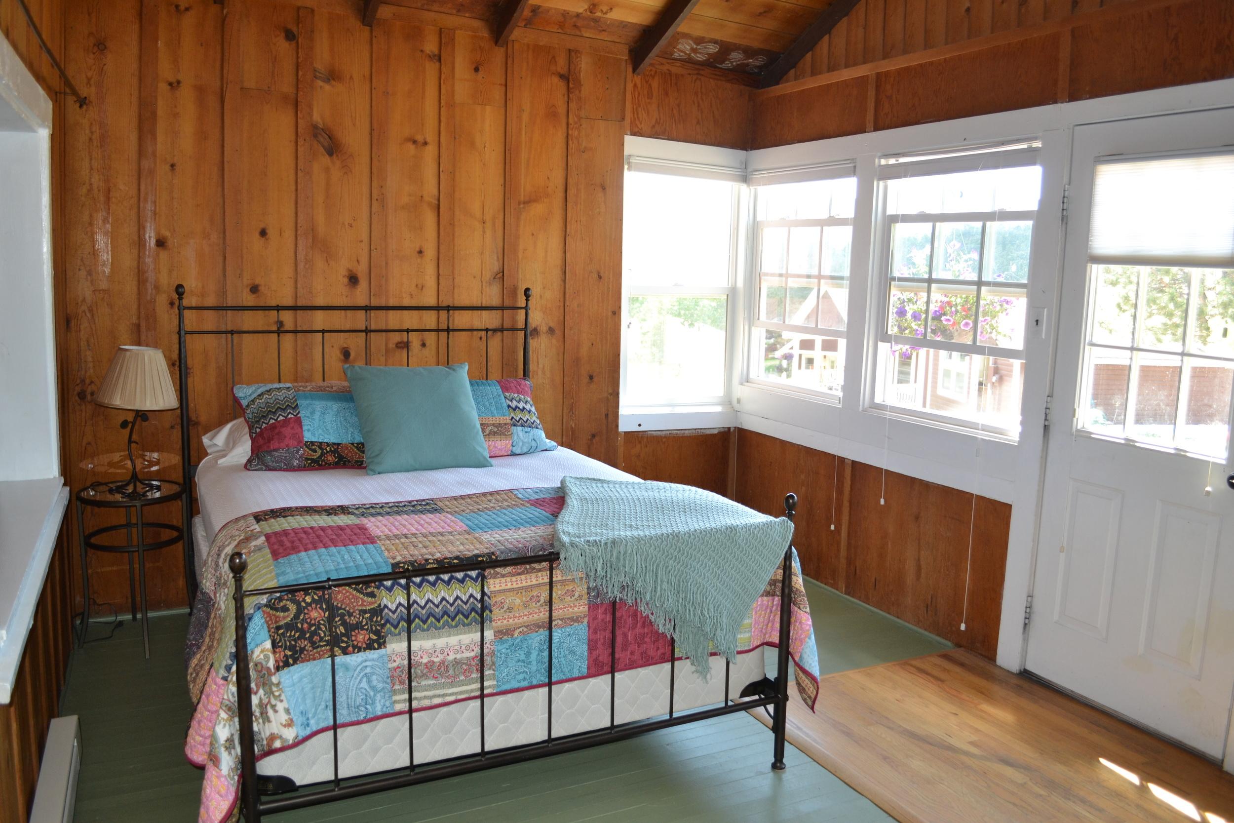Diamond - Sleeping Porch