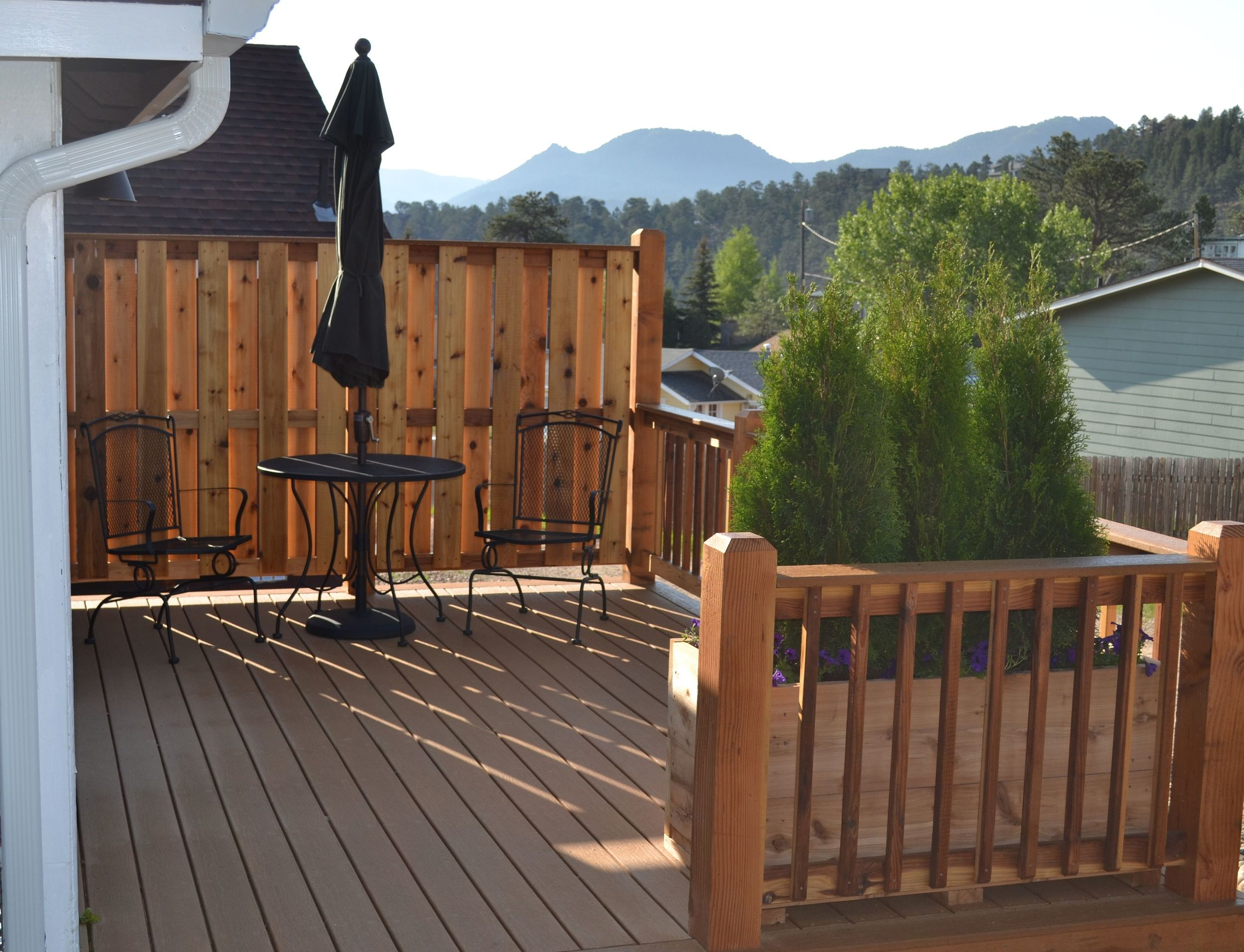 Evergreen - Deck