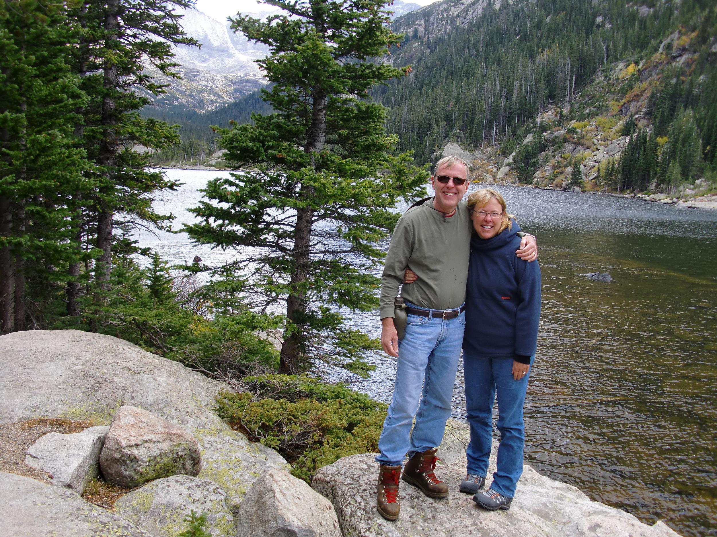 Hike to Mills Lake