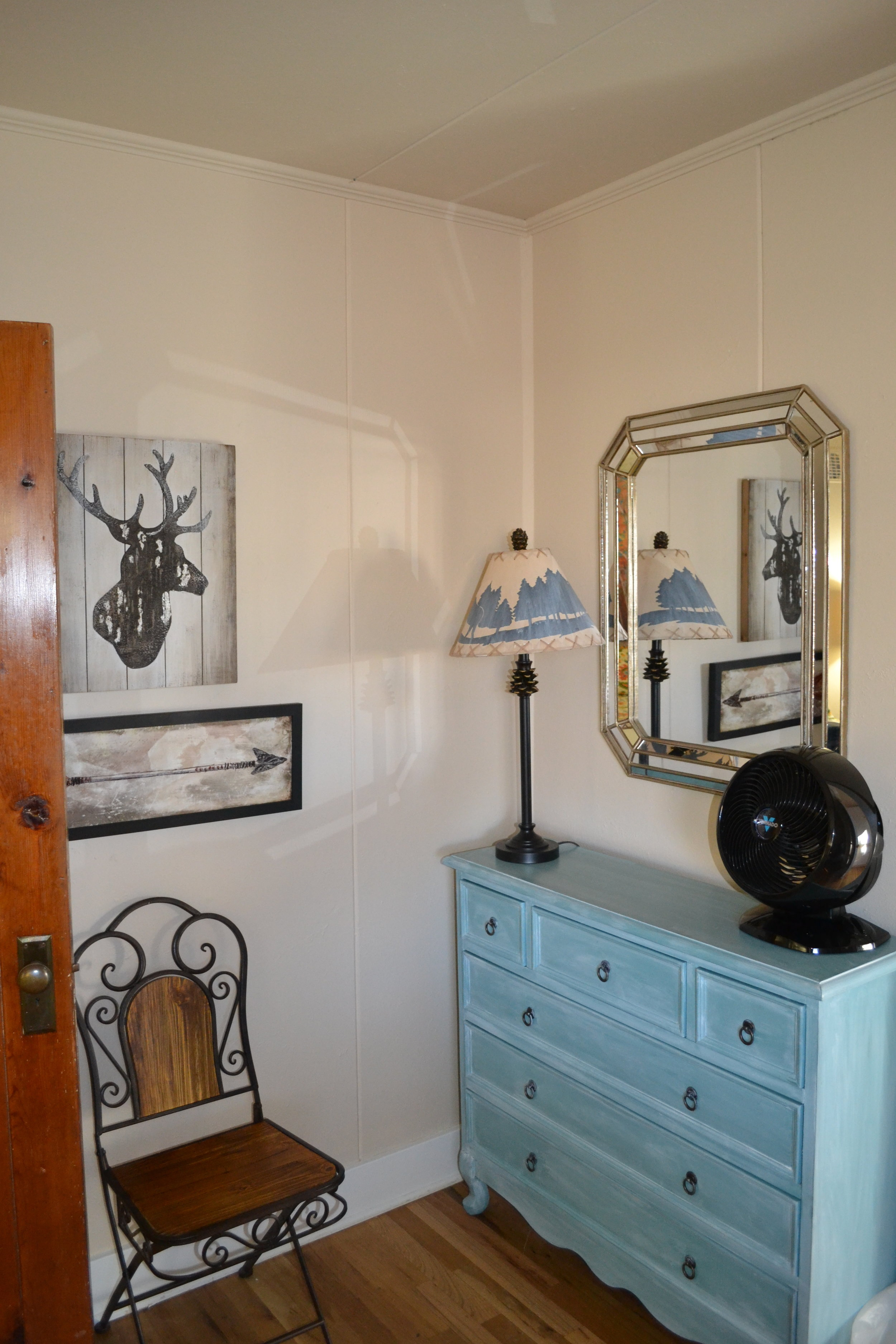 Confer - Bedroom