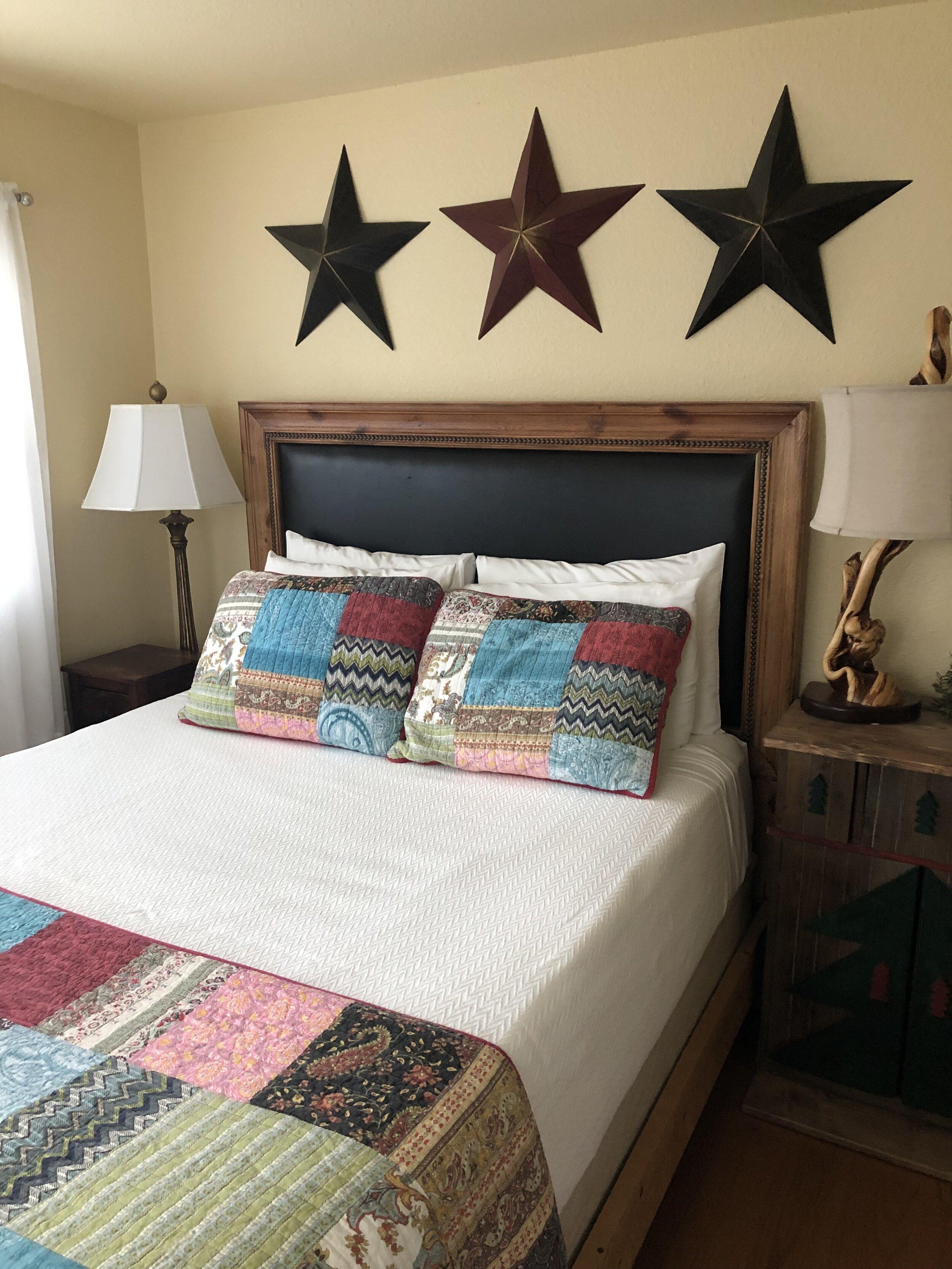 Virginia - Bedroom