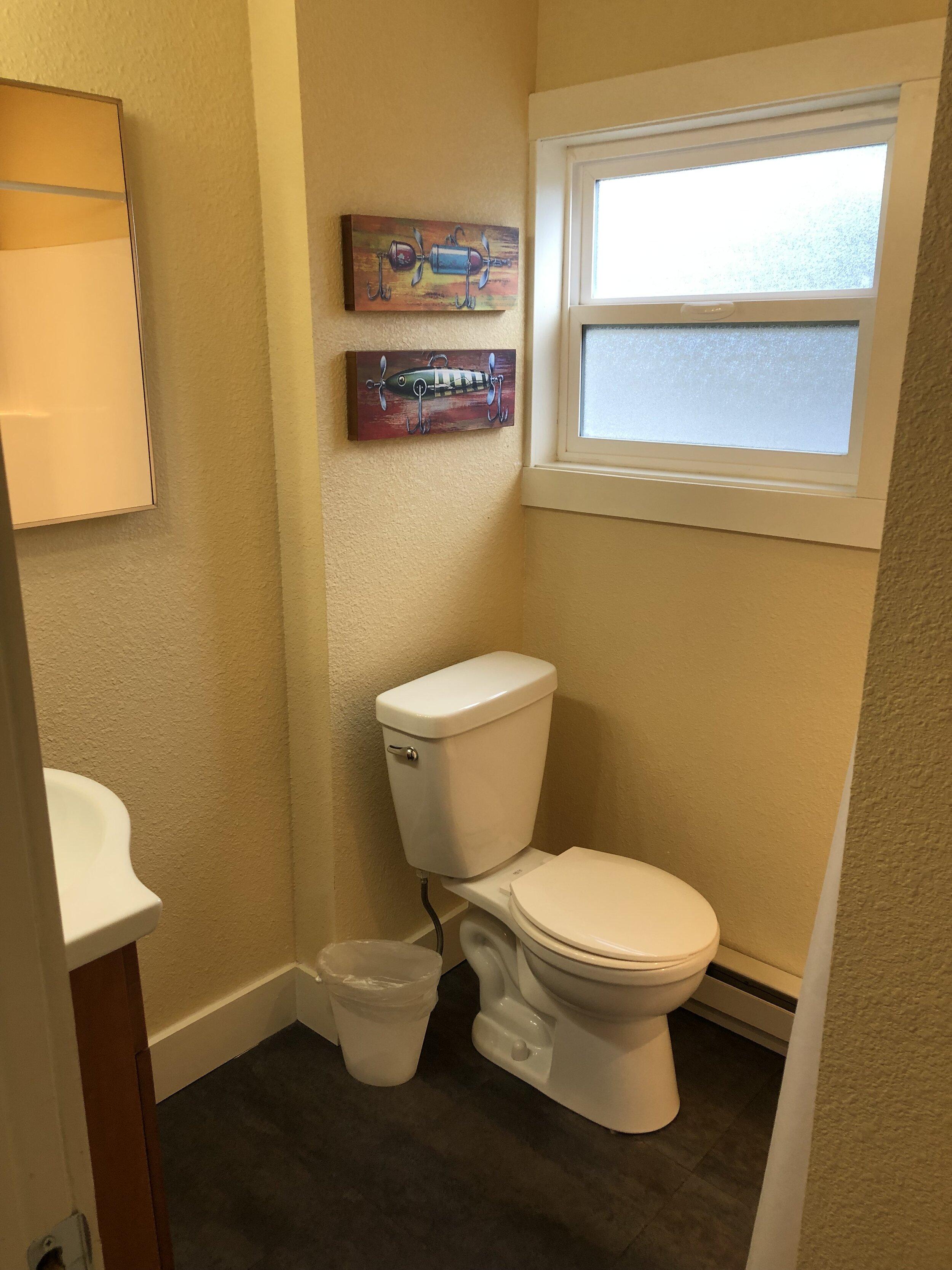Virginia House - Bathroom