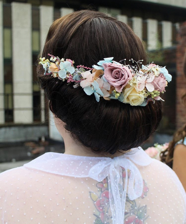 folkey flowers.jpg