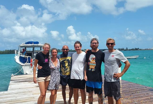 Big congrats to these legends whom completed their #padi #openwaterdiver course with instructors Robyn and Brendon on Monday! #divebermudagrottobay #scuba #scubadiving #congrats #bermuda
