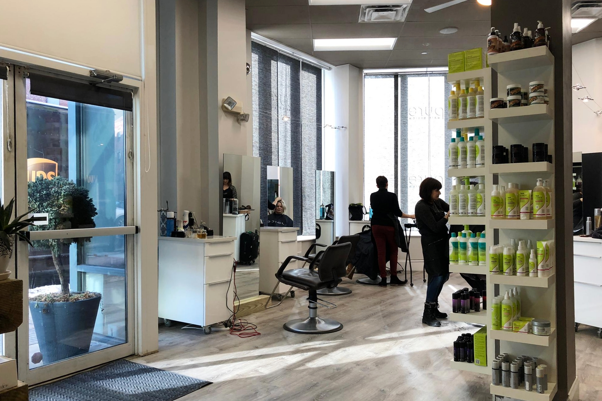 Pure Hair Design,  Salon
