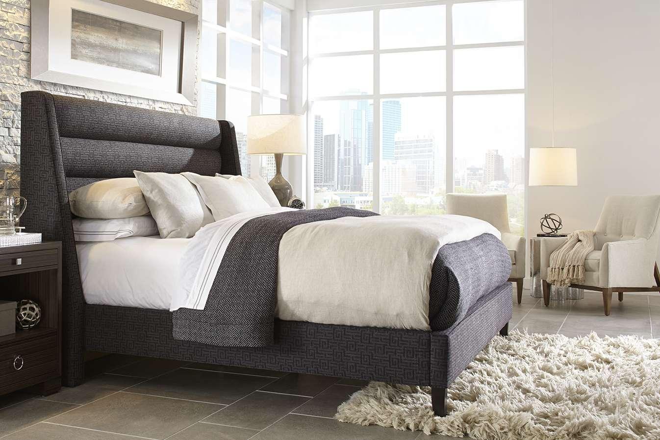 Rowe Fine Furniture / Robin Bruce