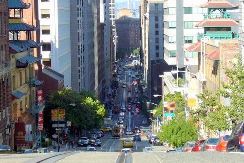 come2sf-vacation-rentals-california-street.JPG