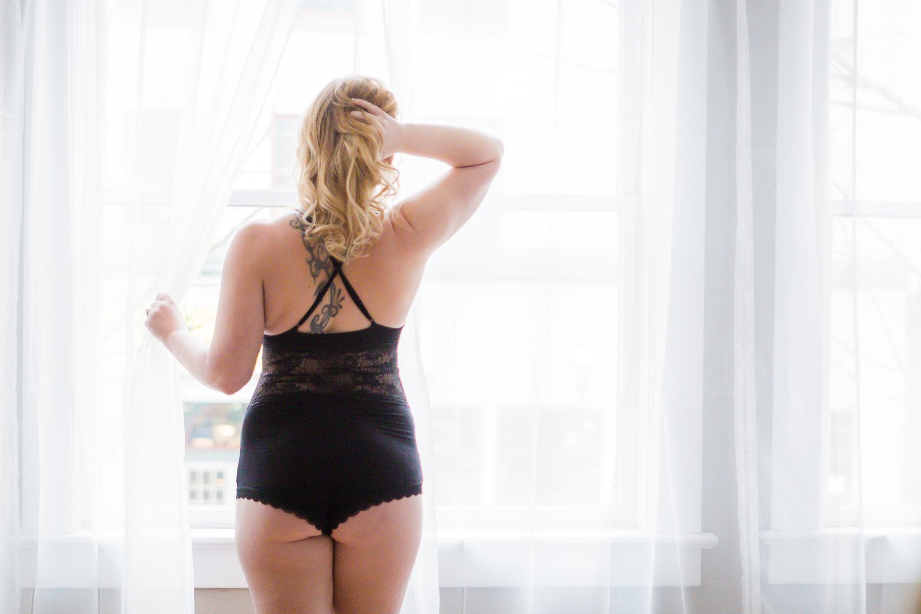 Nicole Boudoir-16.jpg