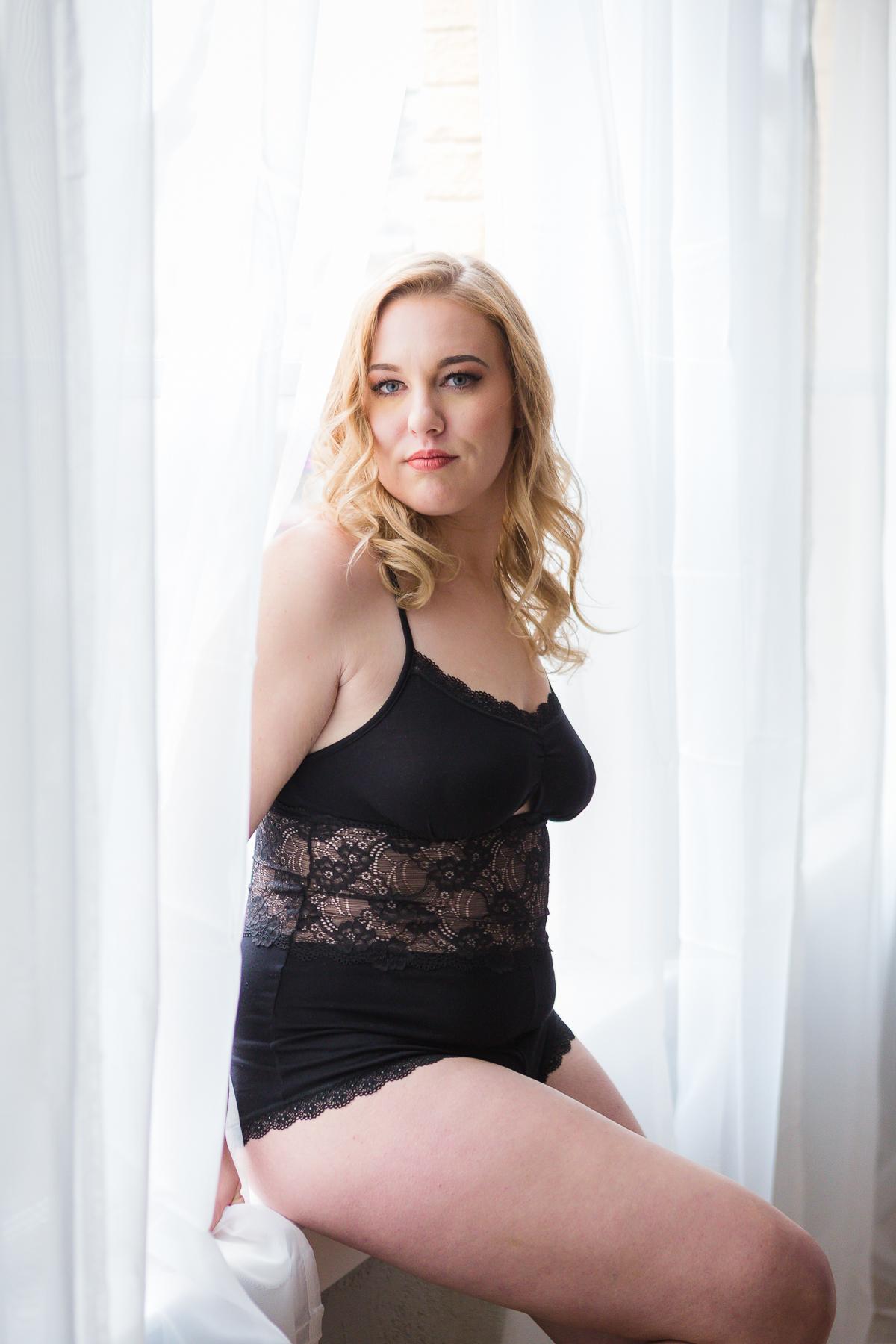Nicole Boudoir-19.jpg