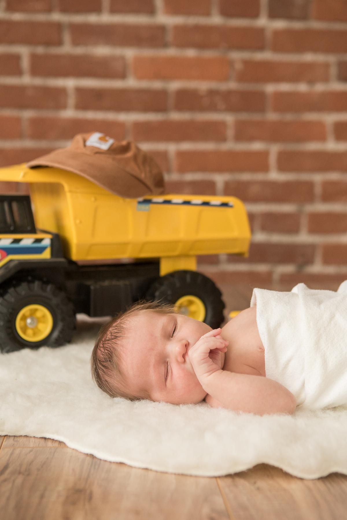 Anson Newborn_2017-02-25-26.jpg
