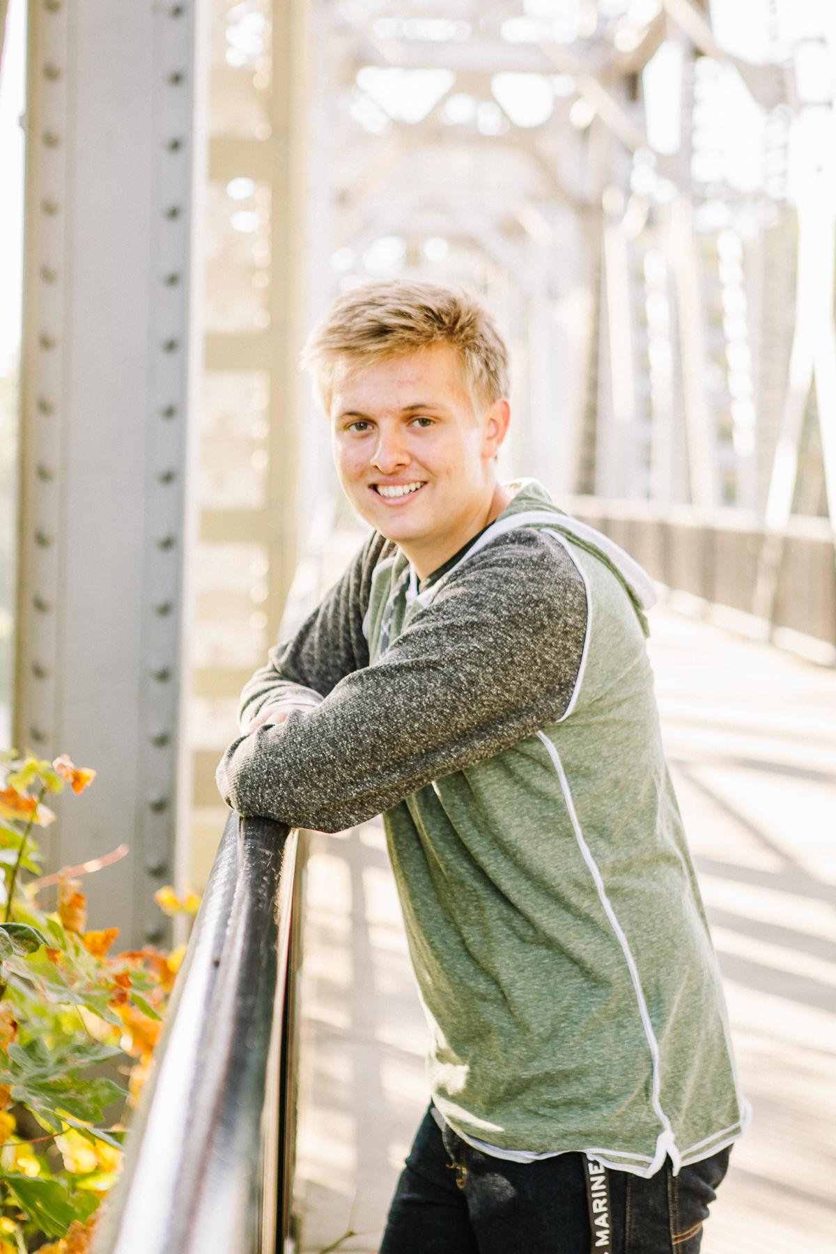 Christian Senior-13.jpg