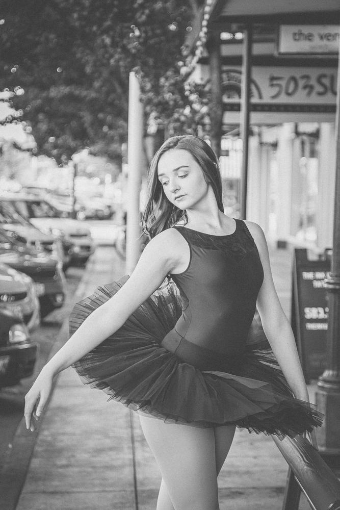 Mikayla Senior_2017-10-15-16.jpg
