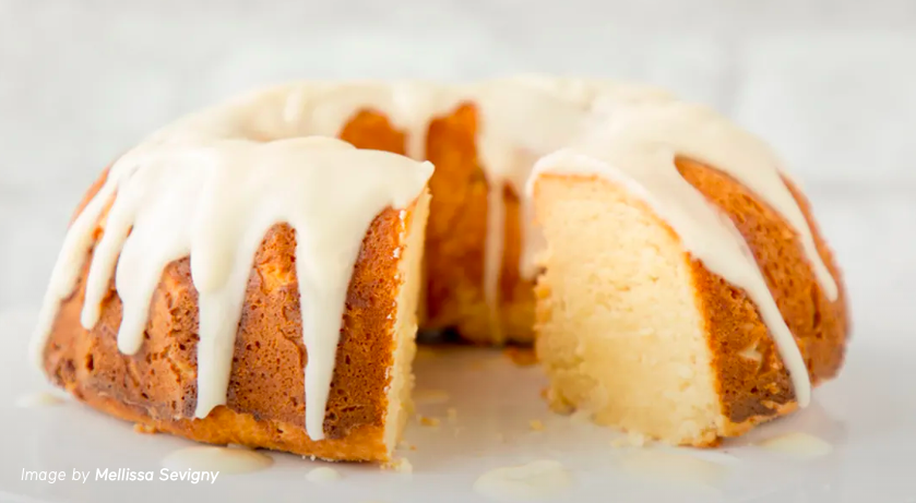 Keto Friendly Lemon Cake courtesy of Mind Body Green