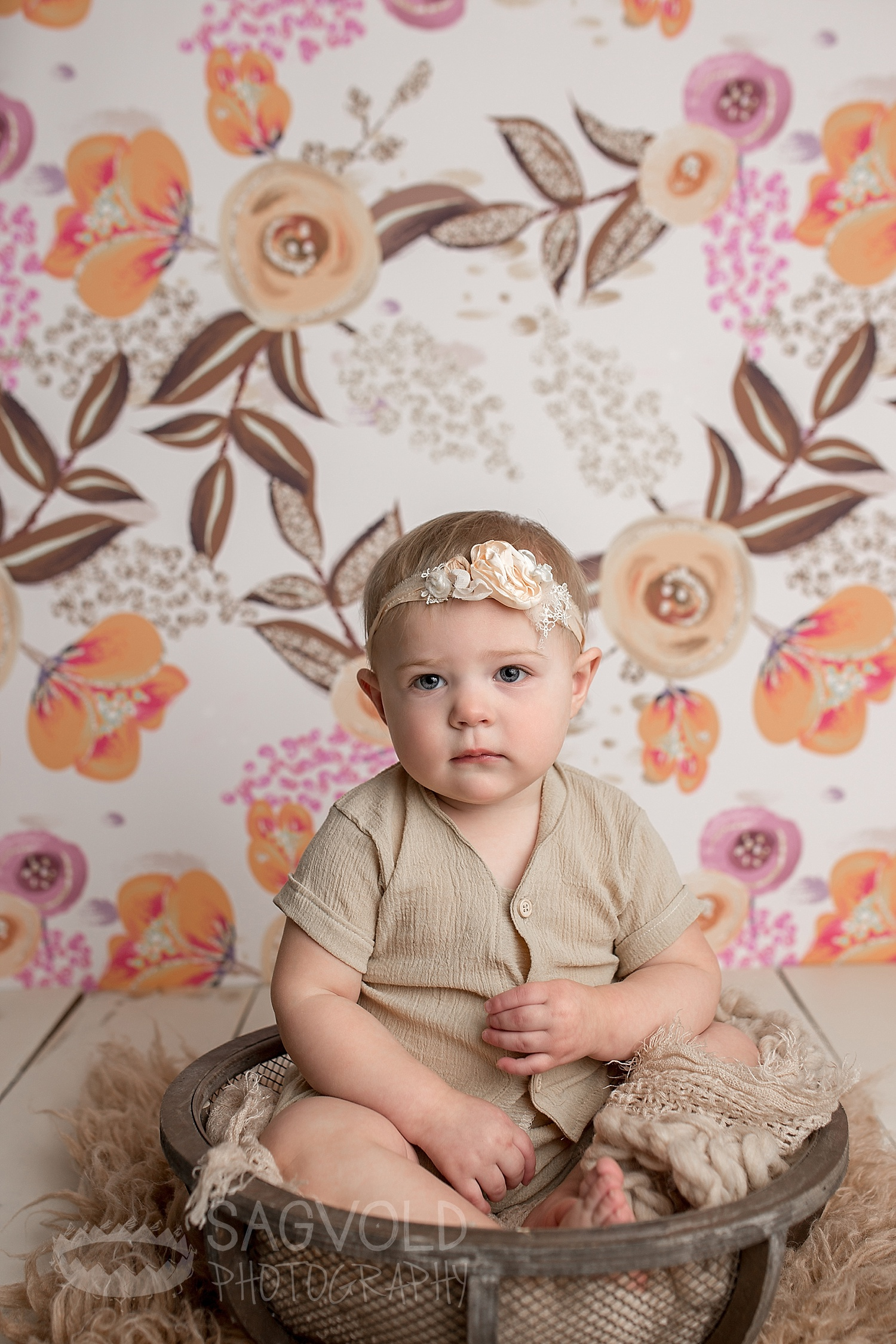 Baby picture Fargo ND baby photographer Janna Sagvold Photography