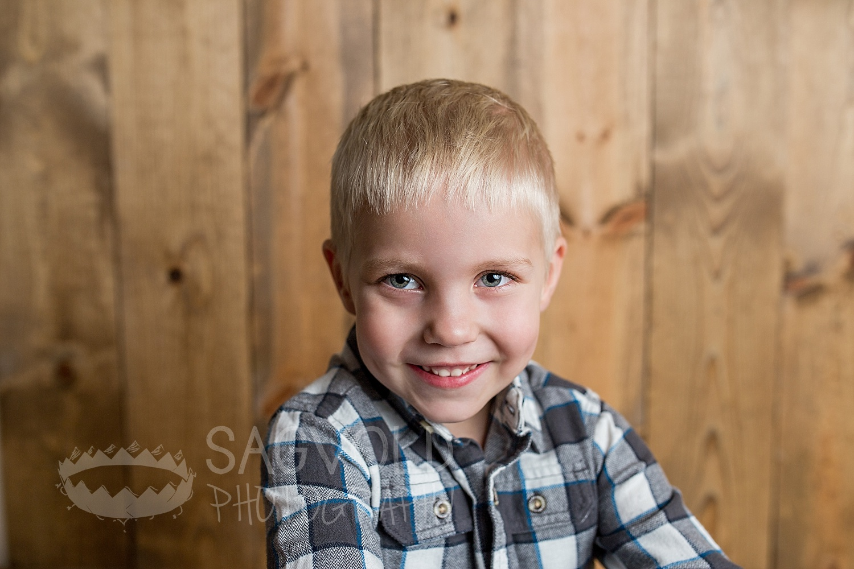 Child picture Fargo ND child photographer Janna Sagvold Photography