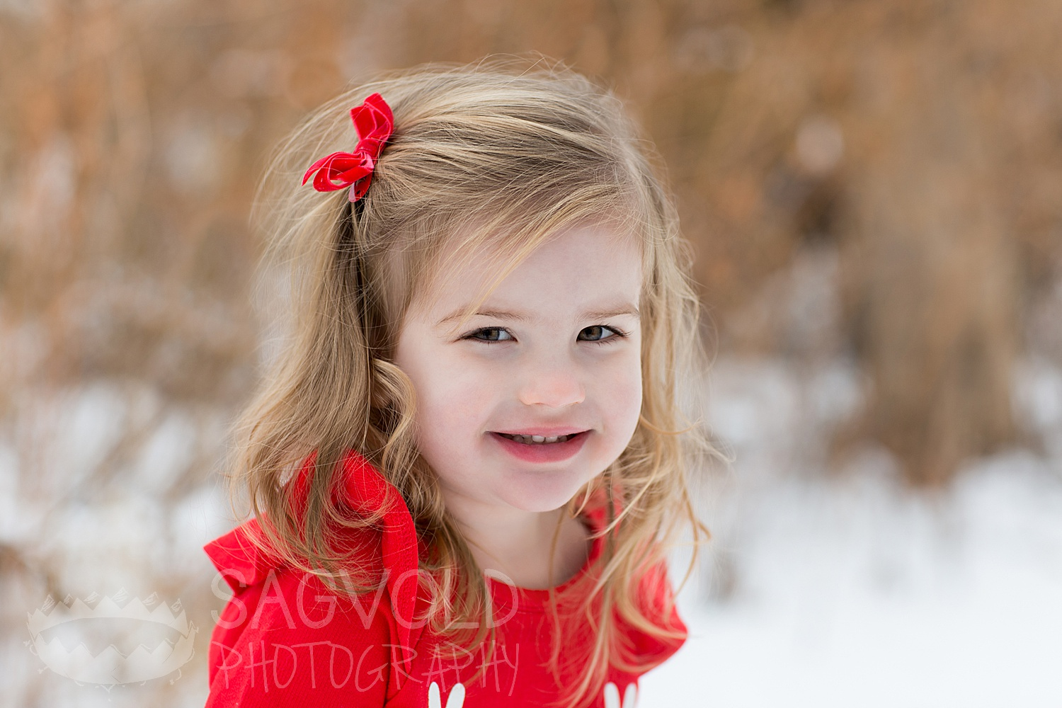 Child picture Fargo ND child photographer Janna Sagvold Photography