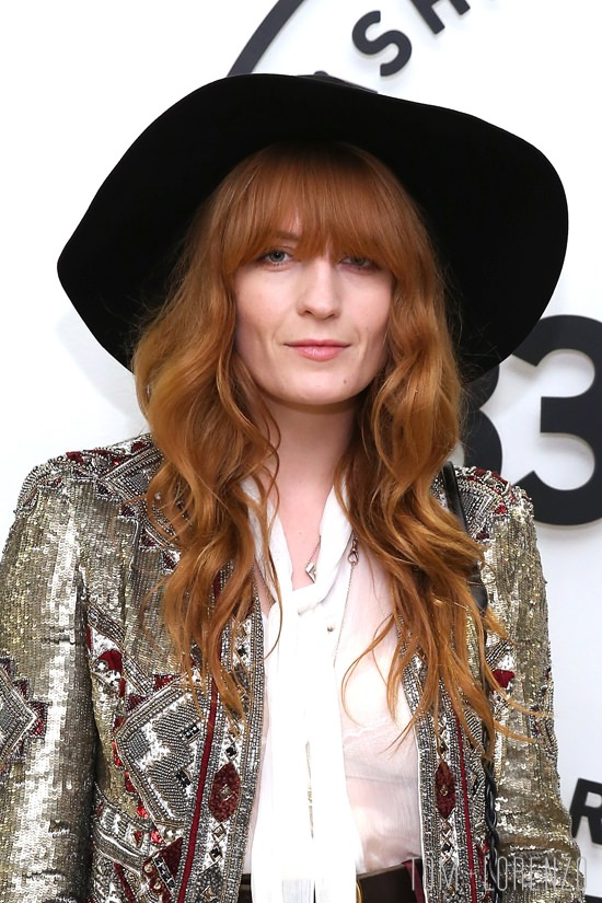 Florence-Welch-Samsung-837-Launch-Fashion-Alice-Olivia-Tom-Lorenzo-Site-2.jpg