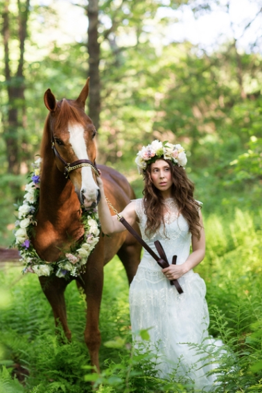 tracey-buyce-photography-bride-with-horse67.jpg