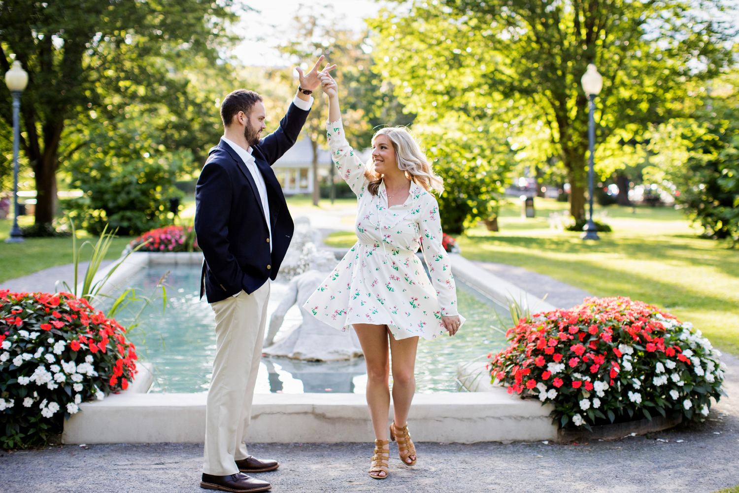 Saratoga Race Track engagement photography15.jpg