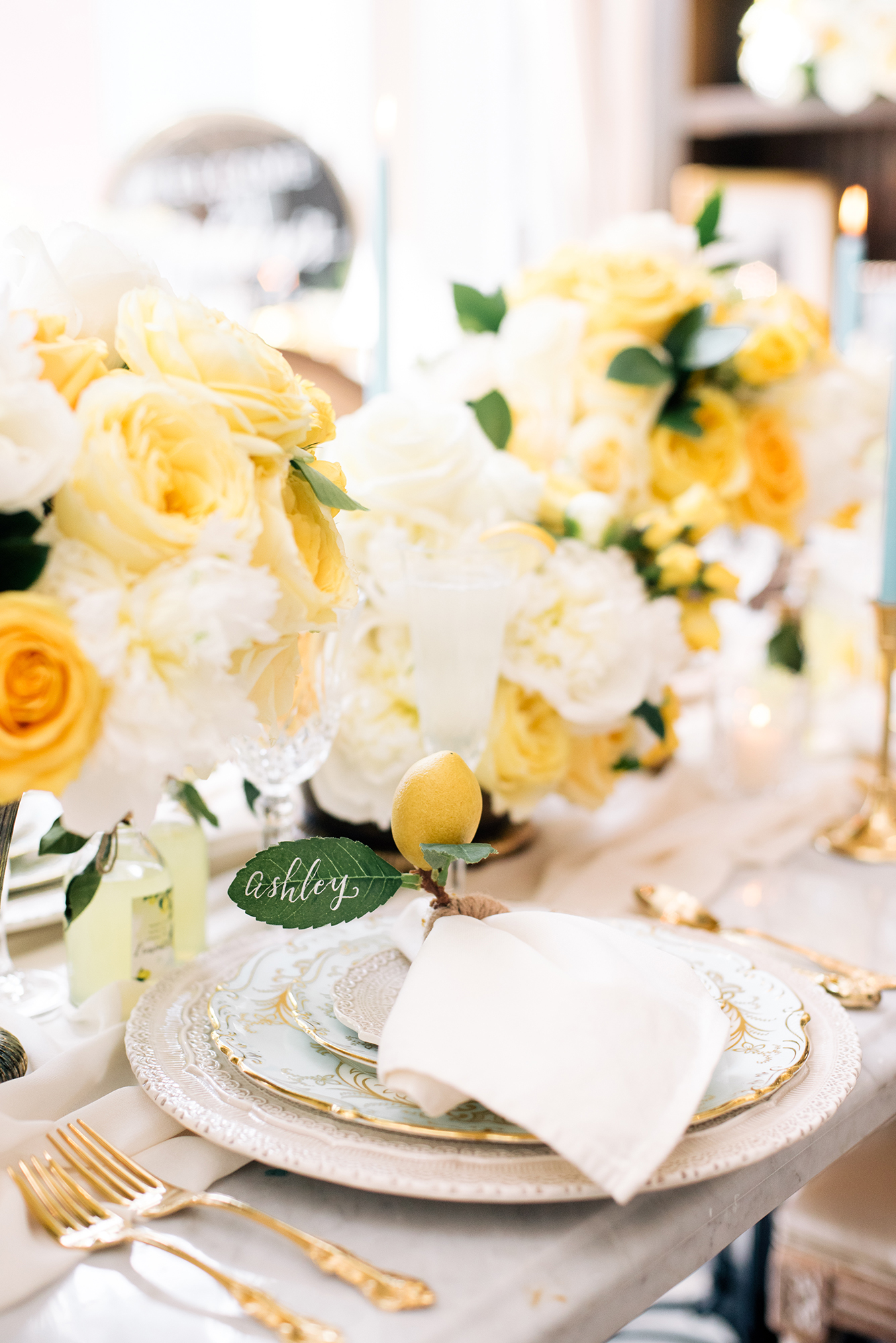 lemon-bridal-shower-tablescape
