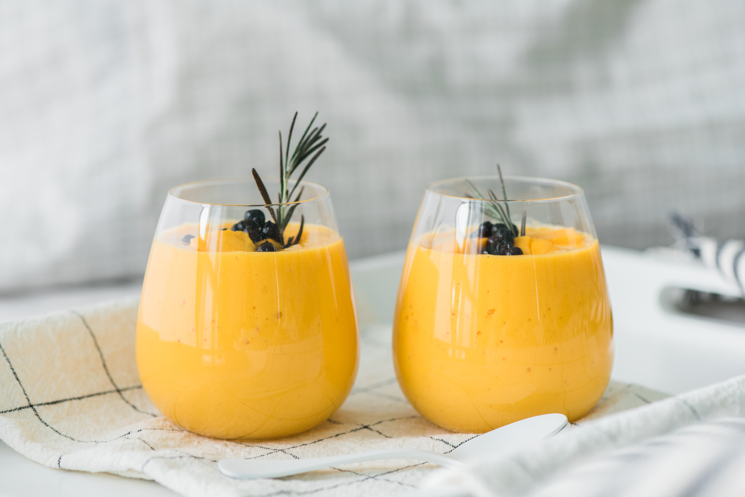 mango-milkshake-1.jpg