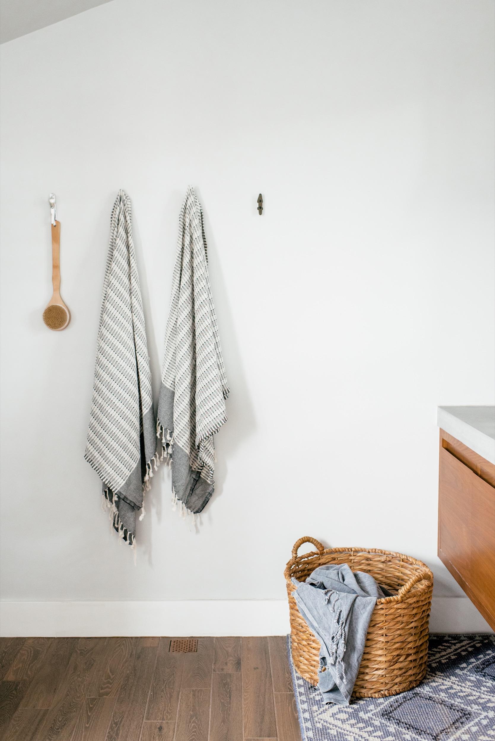 toronto-beaches-master-bathroom-5.jpg