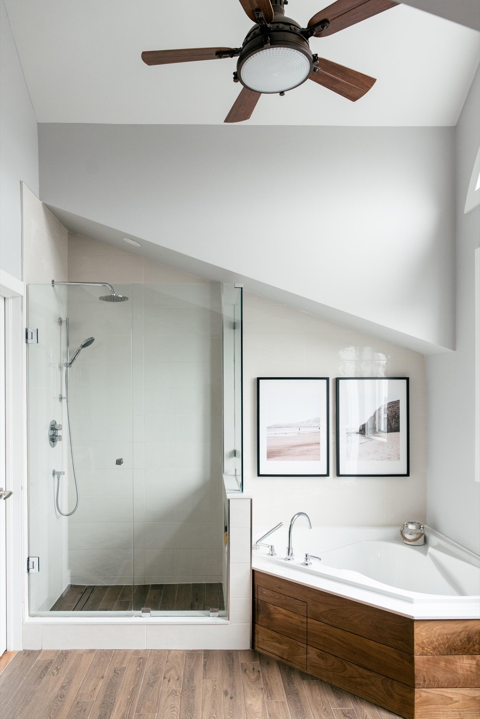 toronto-beaches-master-bathroom-9.jpg