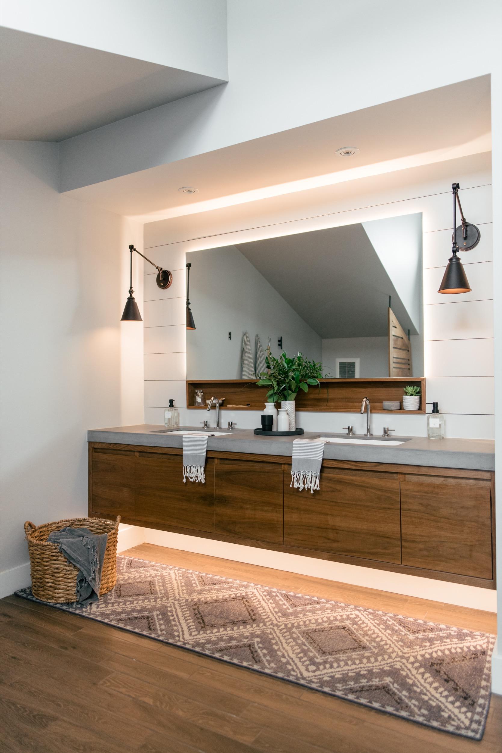 toronto-beaches-master-bathroom-10.jpg