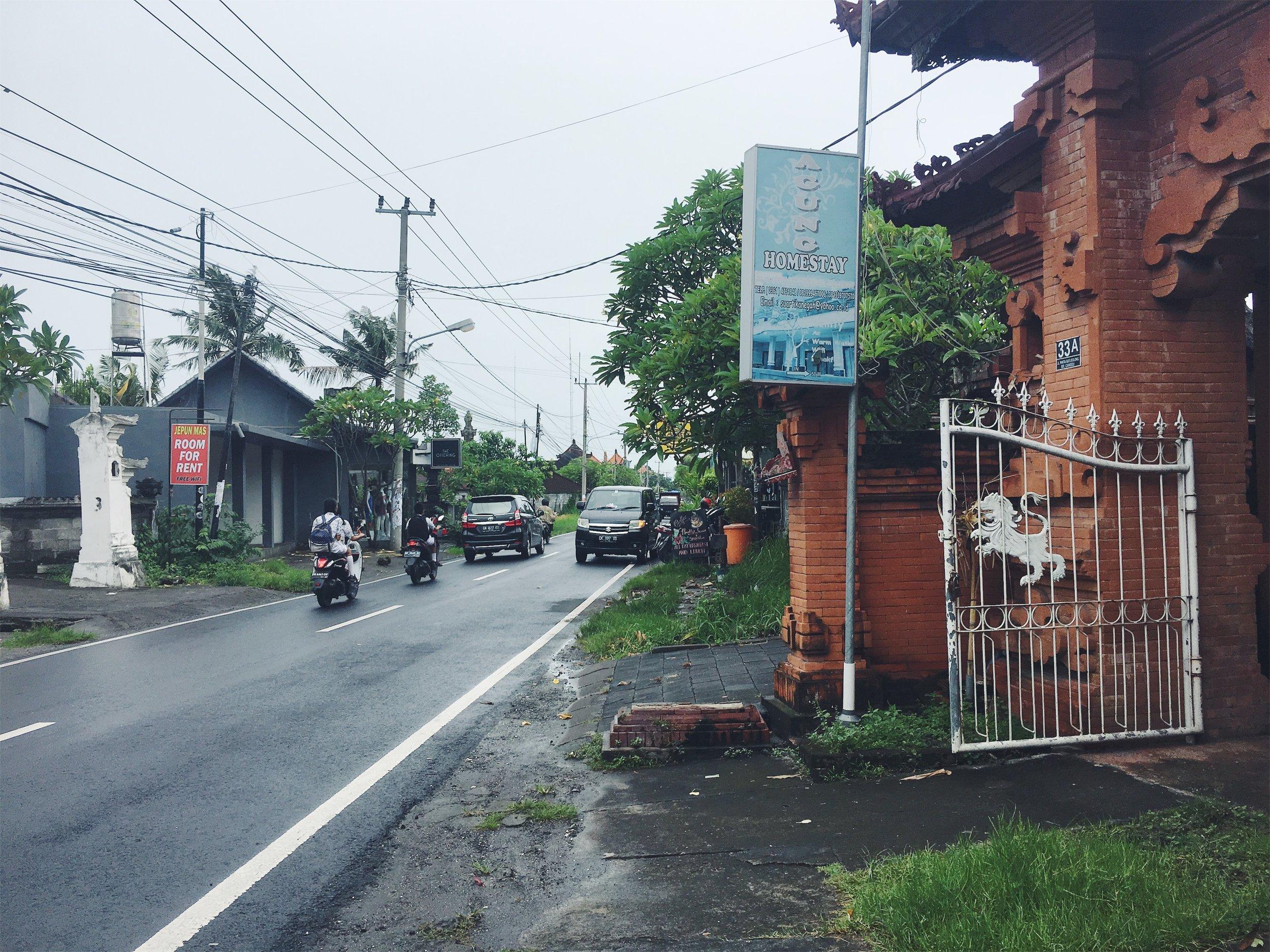 Bali-street.jpg