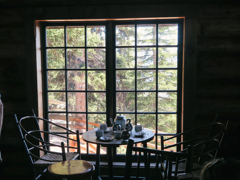life-on-pine-banff-lake-louise-tea-hut-travel-guide-1.jpg