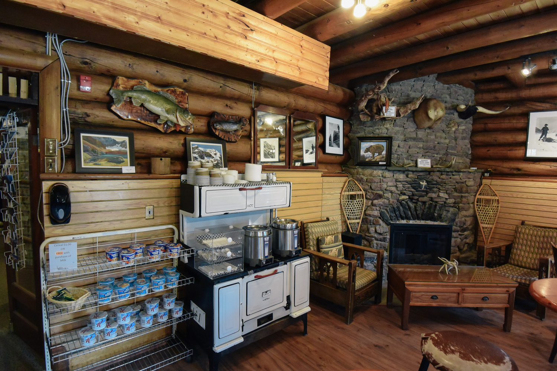 life-on-pine-banff-alberta-travel-guide-2.jpg