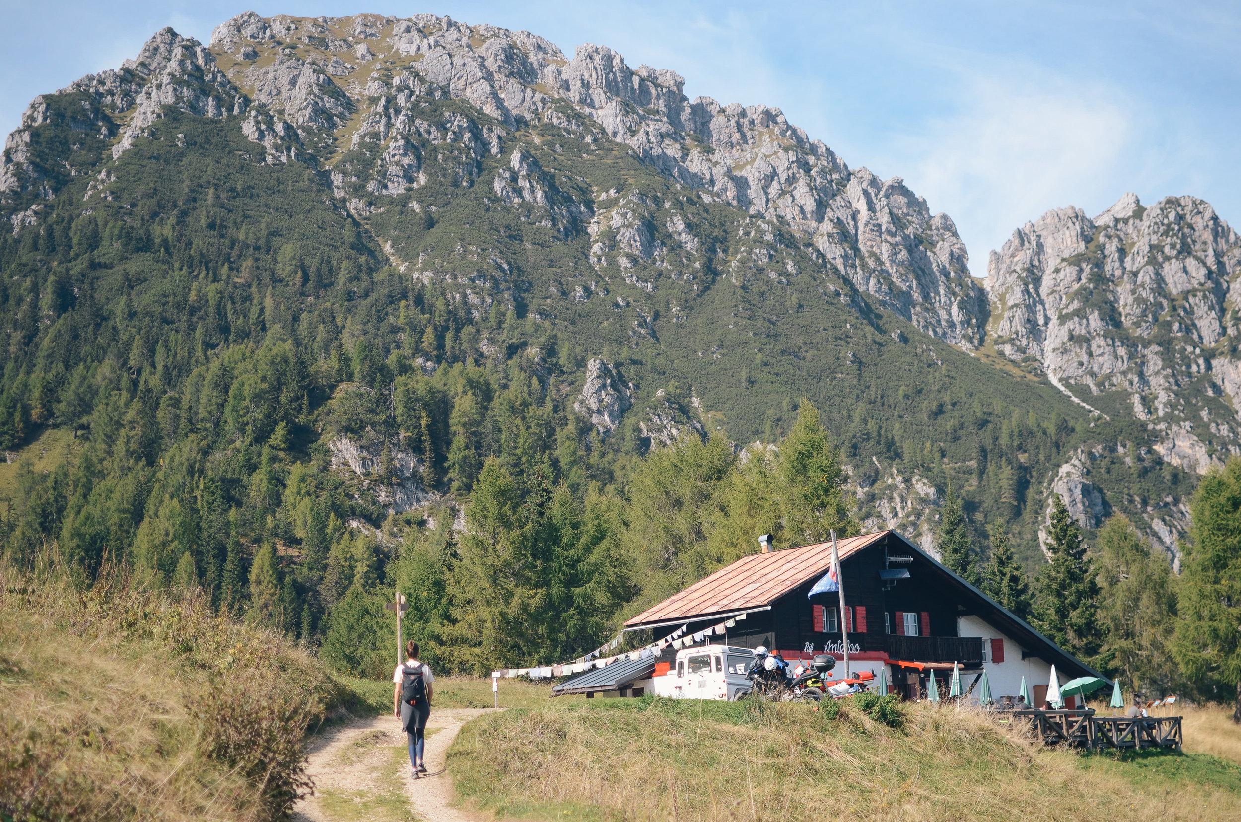 adventure-in-italy-3-hikes-dolomites-hiking-travel-blog-tyrol-6.jpg