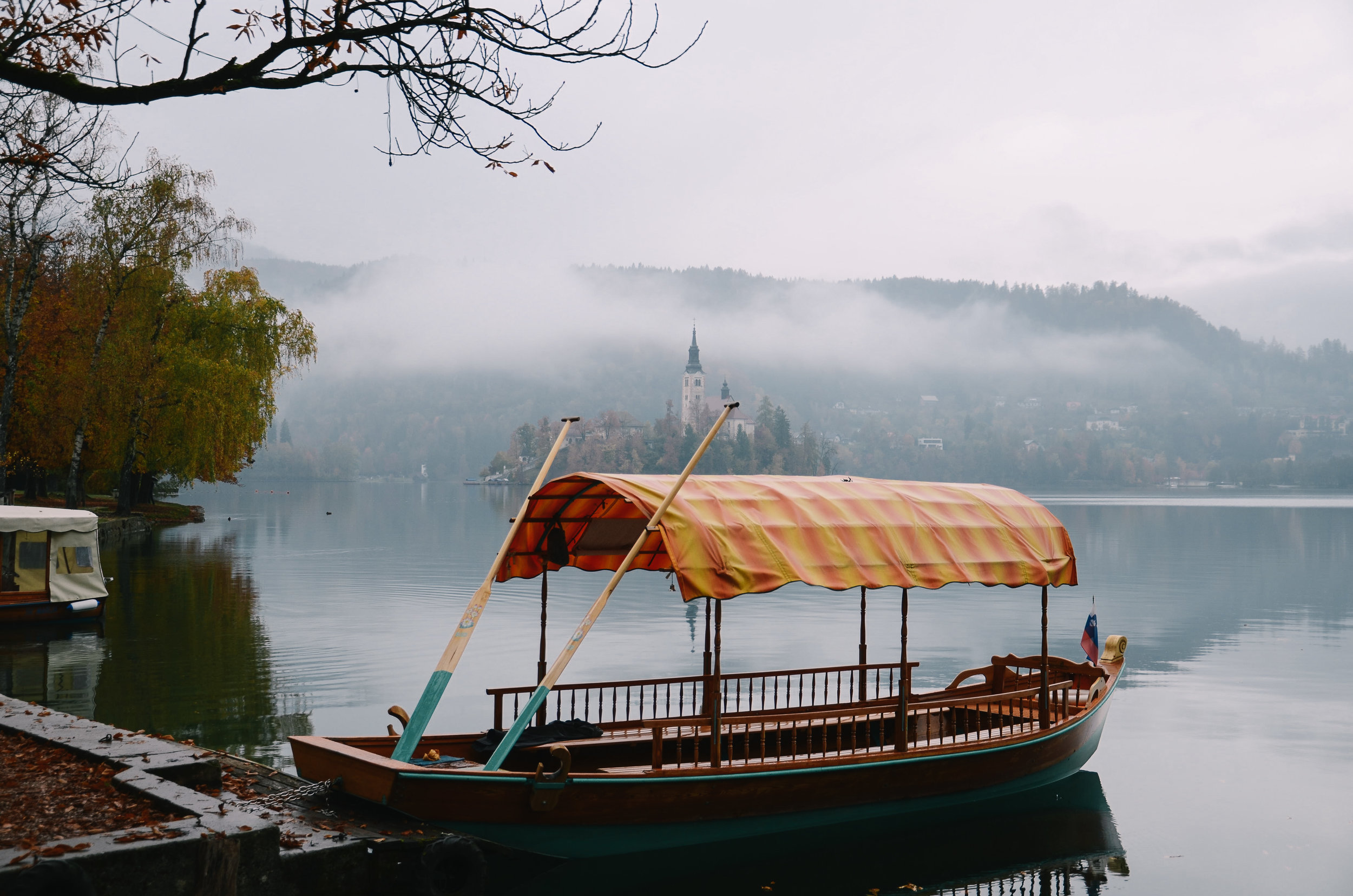 lake-bled-slovenia-travel-guide-lifeonpine_DSC_1326.jpg