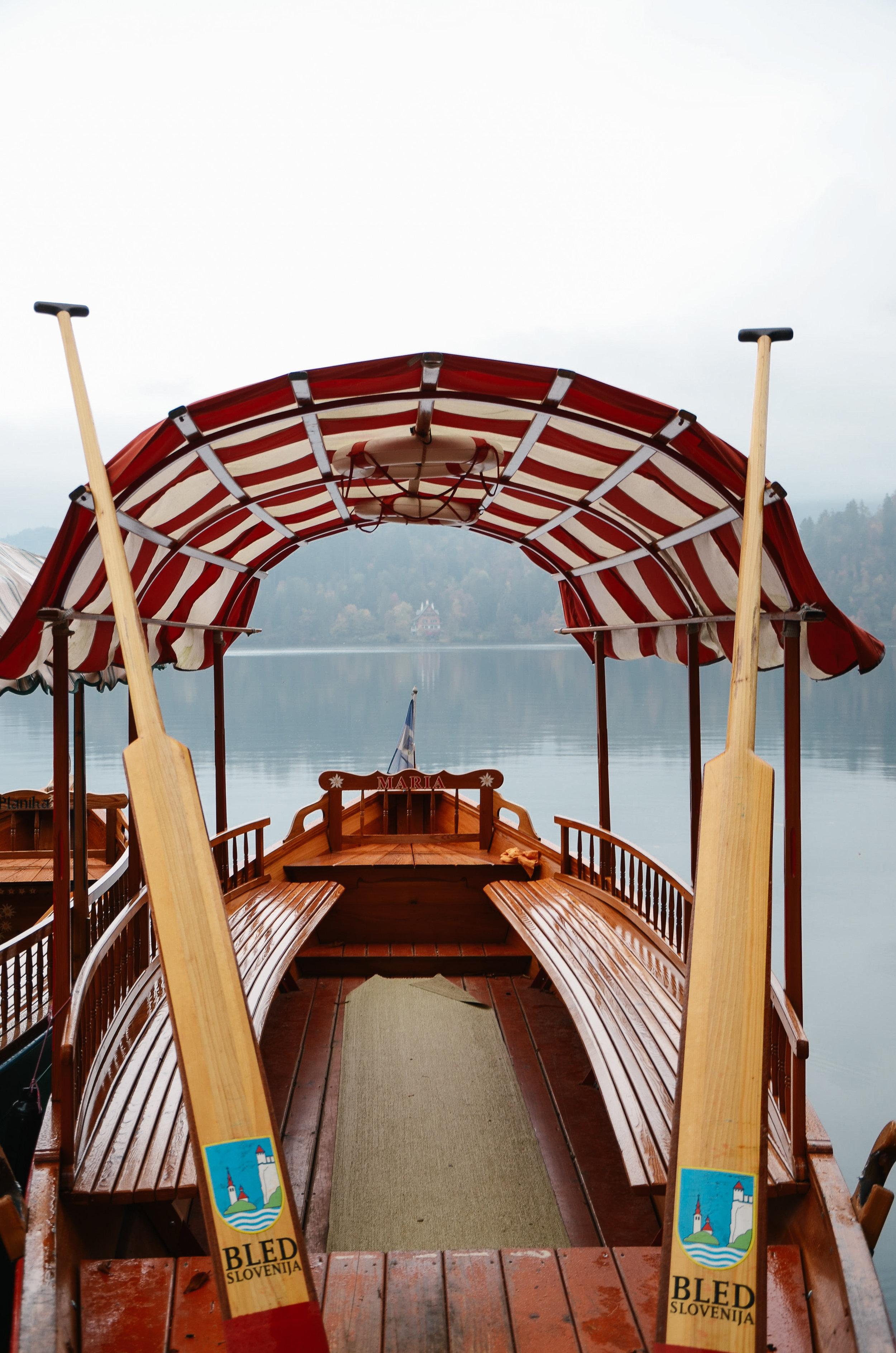 lake-bled-slovenia-travel-guide-lifeonpine_DSC_1328.jpg