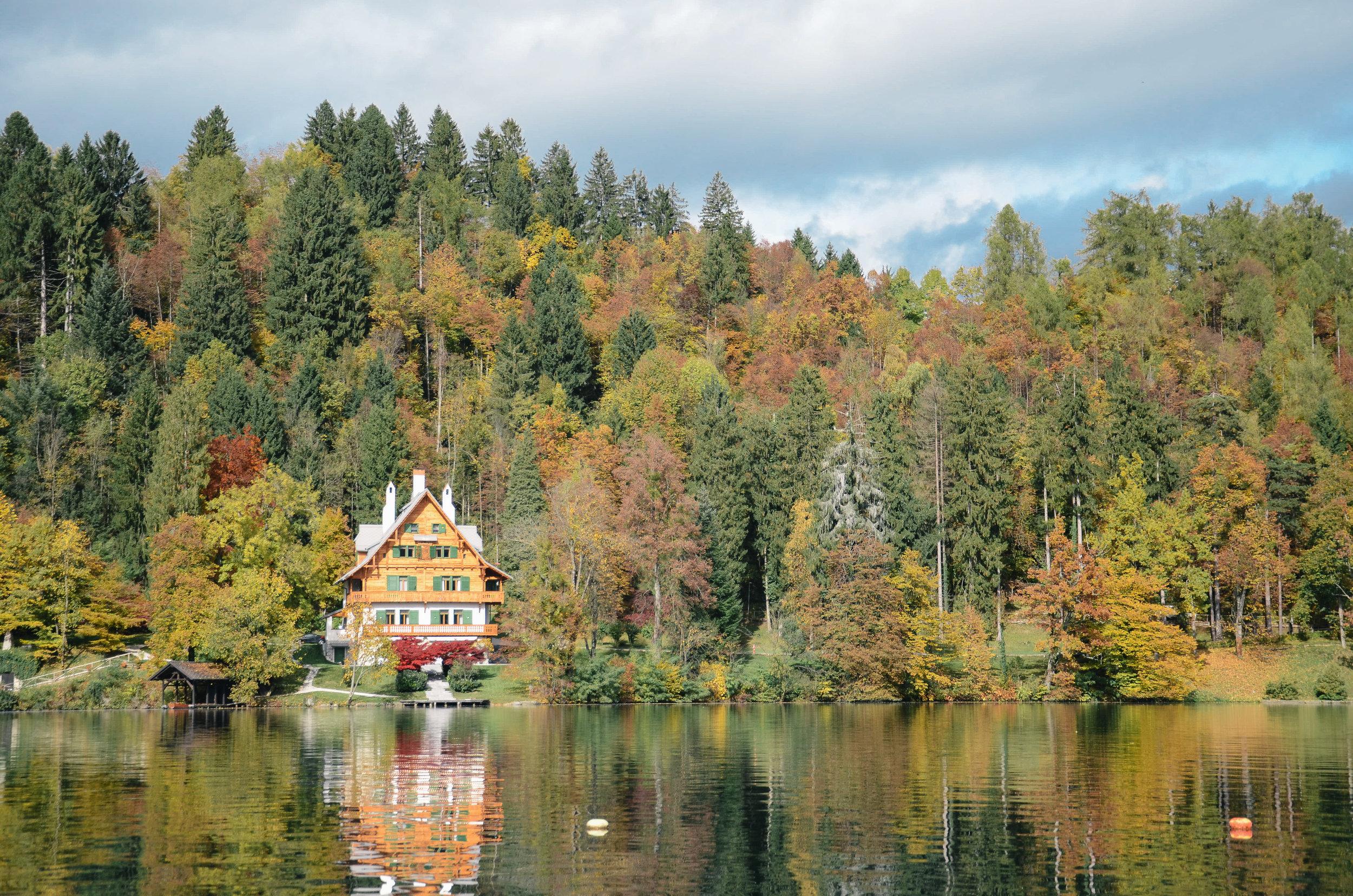 lake-bled-slovenia-travel-guide-lifeonpine_DSC_1719.jpg