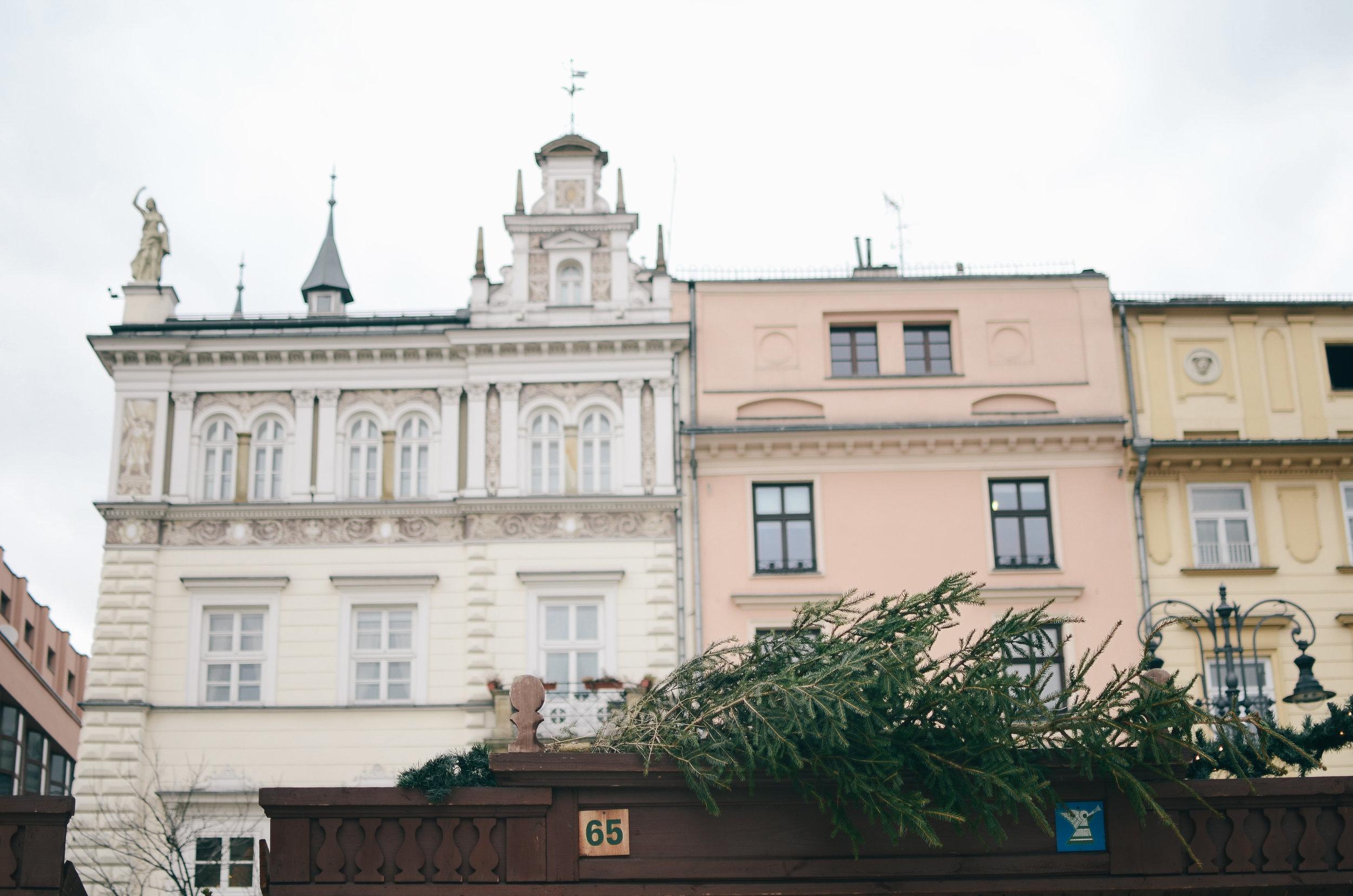 krakow-poland-travel-guide-lifeonpin_DSC_1070.jpg