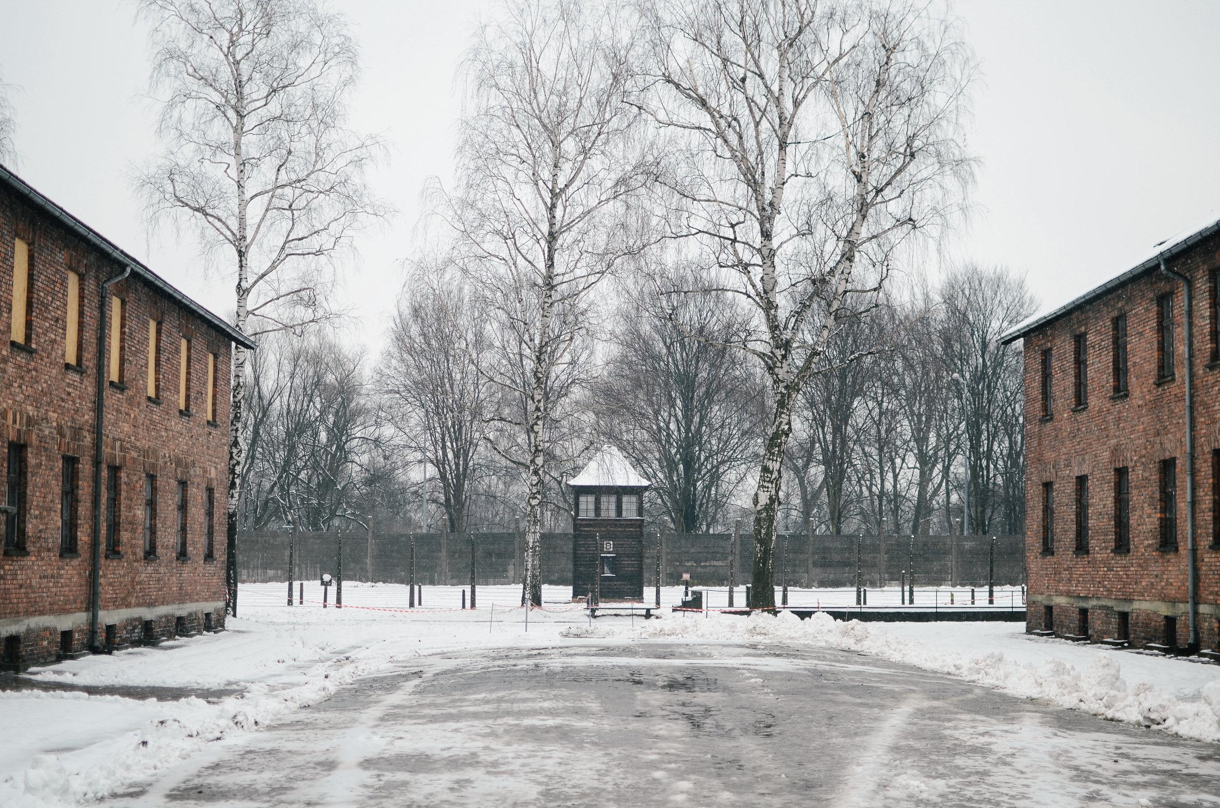aushwitz-krakow-poland-travel-guide-lifeonpin_DSC_1017.jpg