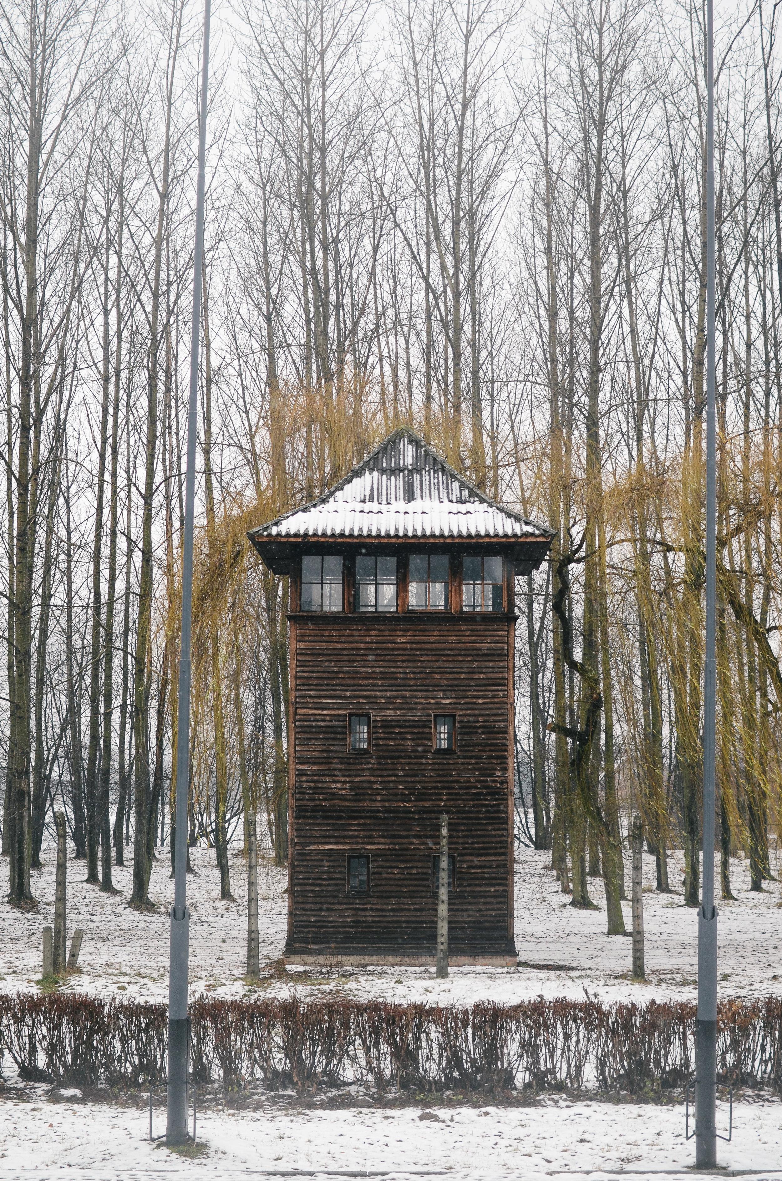aushwitz-krakow-poland-travel-guide-lifeonpin_DSC_1049.jpg