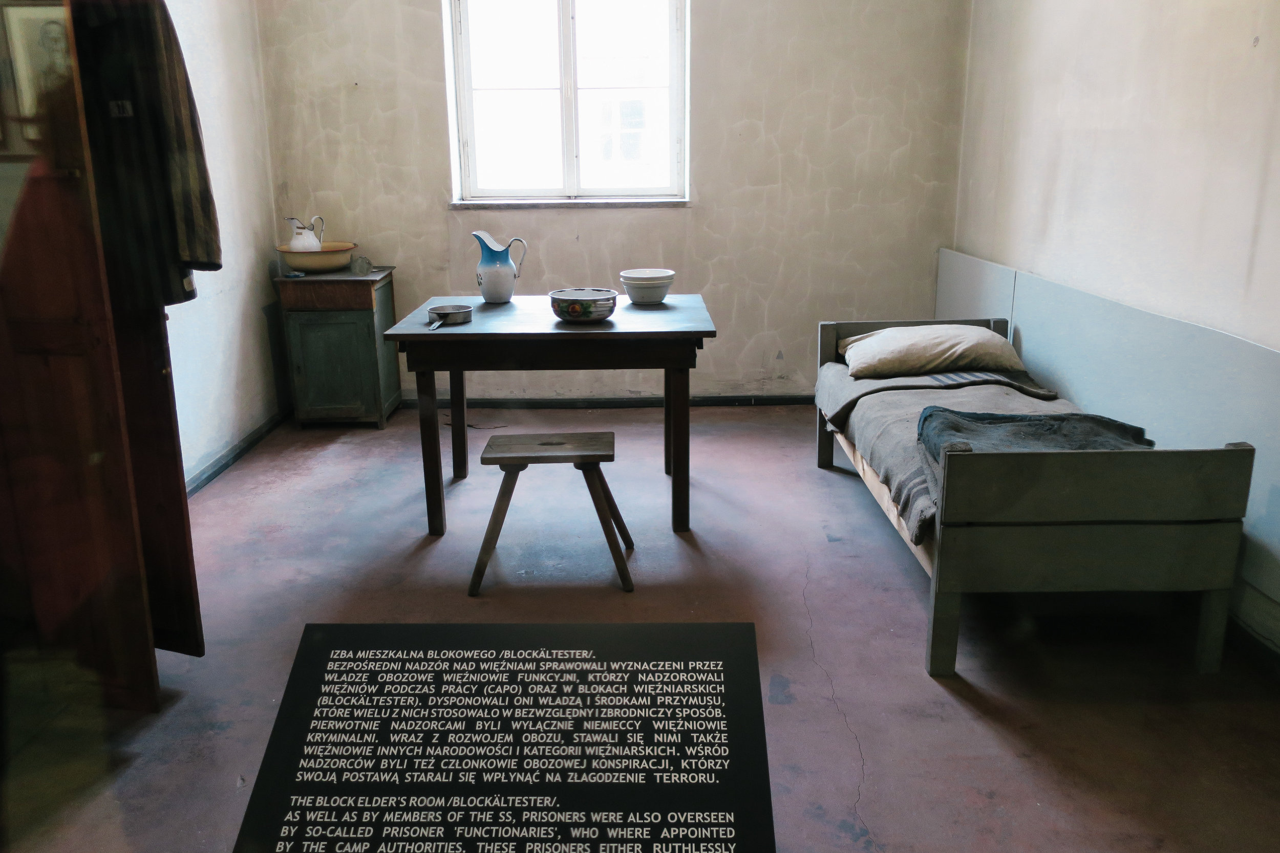 "^^  the block elder's room – a position held in their ""prisoner self‑government"" whose duties were to maintain order and discipline in the block, distribute food, and keep records on all prisoners. the block elders had almost unlimited power over the other prisoners."