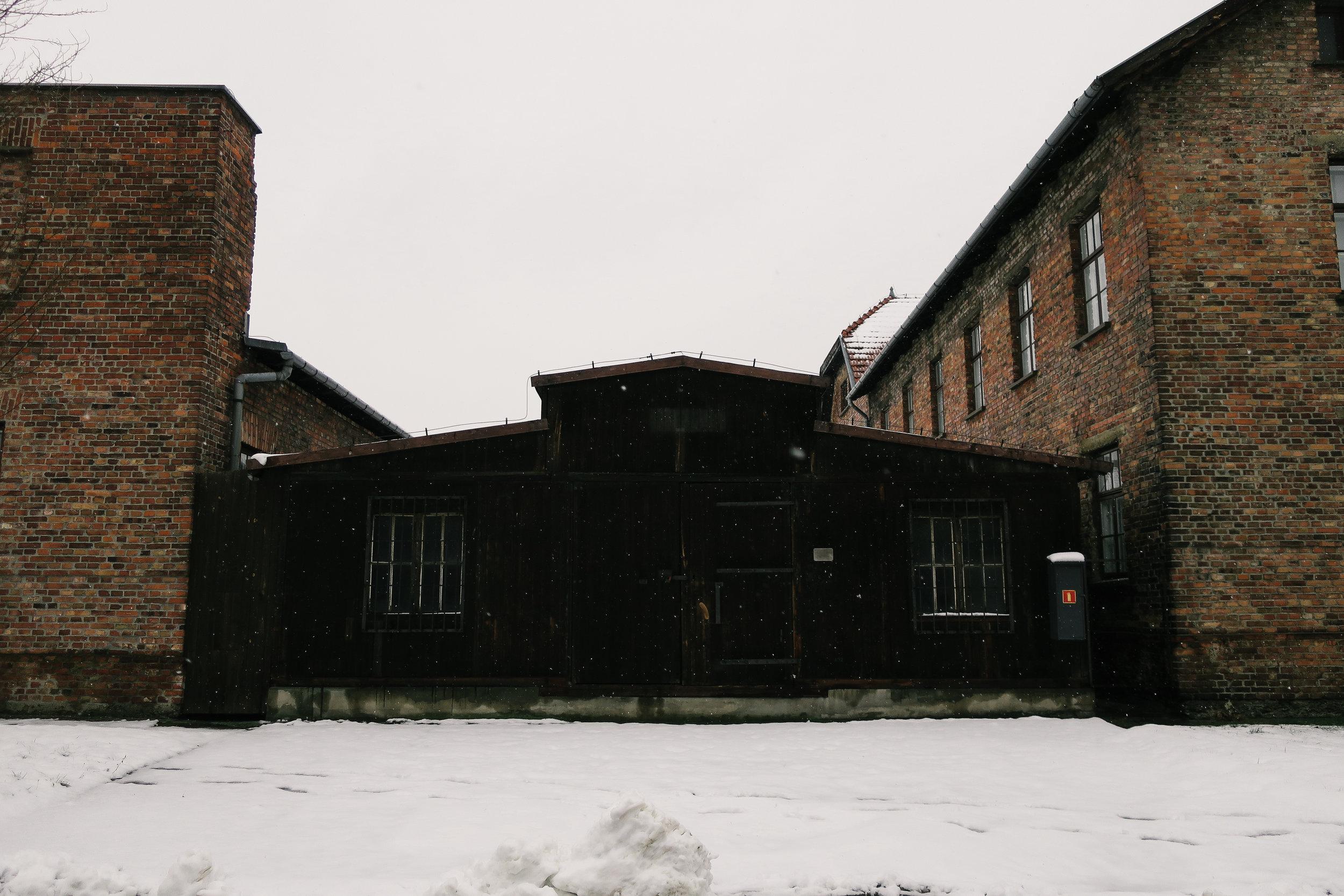 aushwitz-krakow-poland-travel-guide-lifeonpin_IMG_0208.jpg