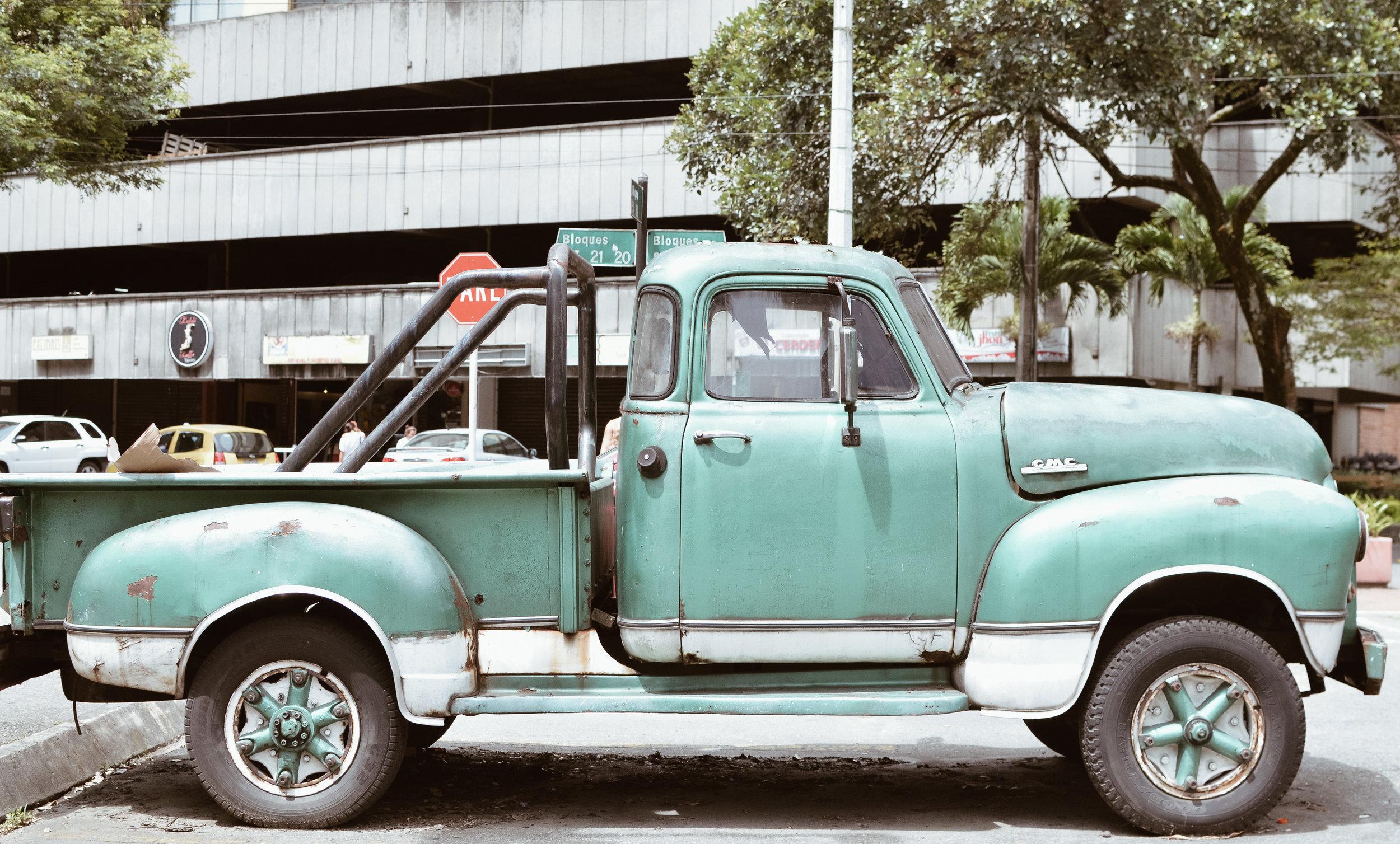 Medellin+Colombia_Life_on_Pine_DSC_0922.jpg