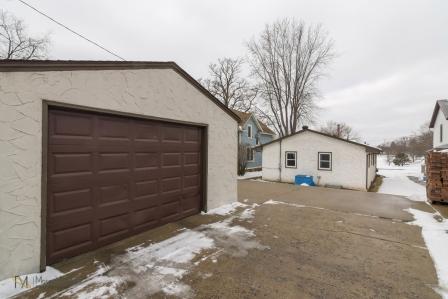 3957-Quincy-St-Columbia-Heights-MN-55421-18-garage.jpg