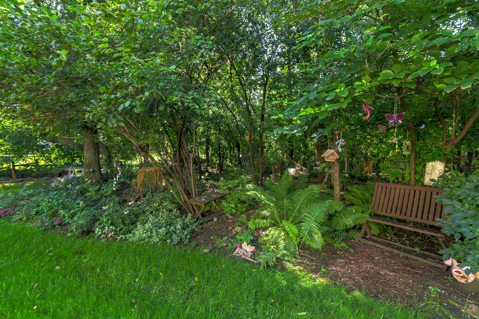 1217-81st-avenue-n-brooklyn-park-mn-landscaping.jpg