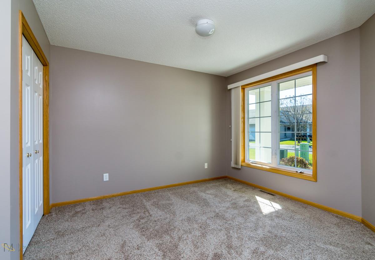 10785-181st-circle-elk-river-mn-bedroom.jpg