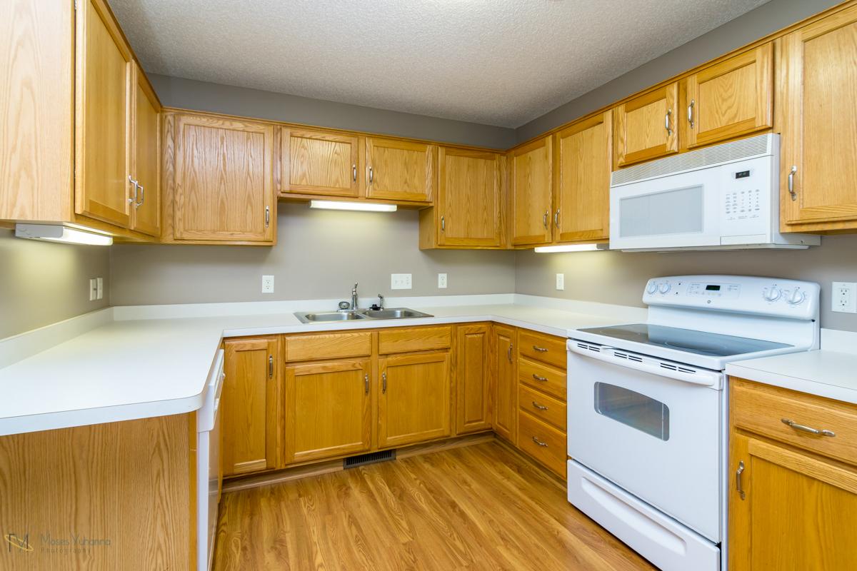 10785-181st-circle-elk-river-mn-kitchen 2.jpg